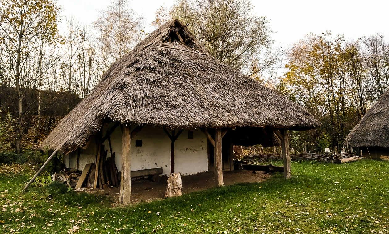 Wird in 2020 abgerissen und neuaufgebaut: Das älteste Gebäude des Bayuwarenhofs