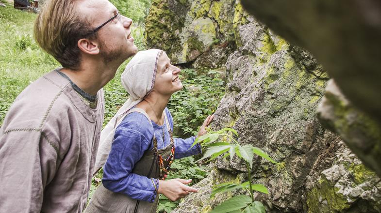 Benjamin und Dorothea erkunden die Natur